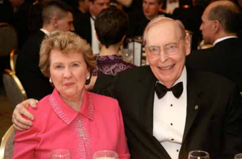 Photo of Robert E. Berry & Dorothy Berry at the SSPI Hall of Fame Ceremony, February 2007