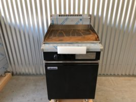 Waldorf Gas Griddle BOLD BLACK GPB8600 – New   $3,500.00 + GST   Gas LPG or Nat Gas – Full BOLD Cabinet Base – Dedicated Griddle 20mm Thick Plate, BOLD is an Expensive Extra from Moffat  Dimensions : 600W x 815D x 1050H