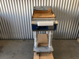 Blue Seal Gas Griddle – CHROME PLATE – New   $2,750.00 + GST   Gas LPG or Nat Gas – Dedicated Griddle – 20mm Thick Chrome Plate for heat Retention, this is an Expensive Extra from Moffat – On Leg Set  Dimensions : 450W x 815D x 1050H