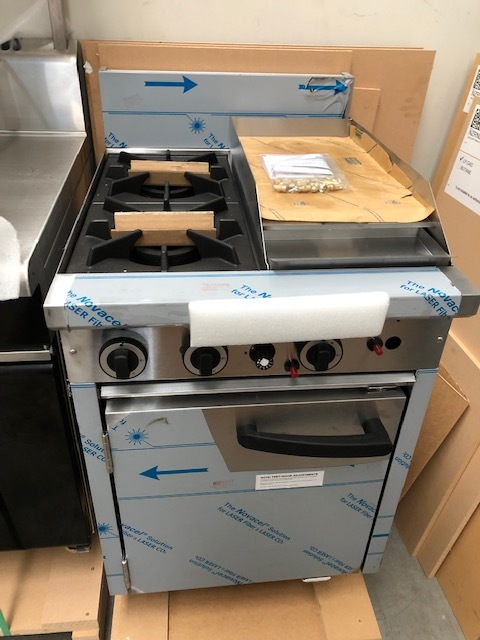 Cobra C6D Gas Static Oven Range - NEW   $ 2,570.00 + GST   2 x Open Burners, 300mm Griddle, Gas Static Oven  Dimensions : 600W x 815D x 1050H