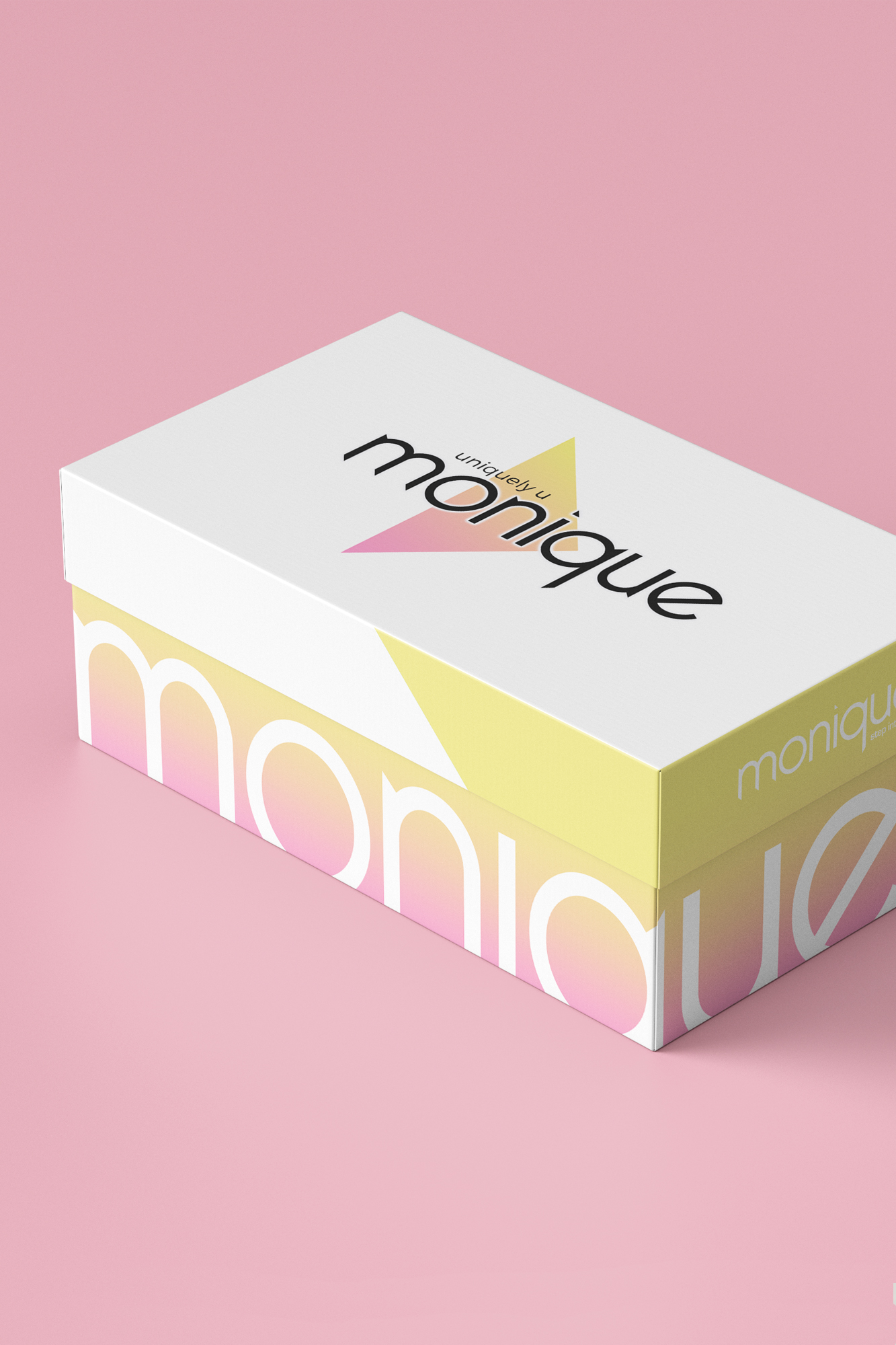 Monique-4v.jpg
