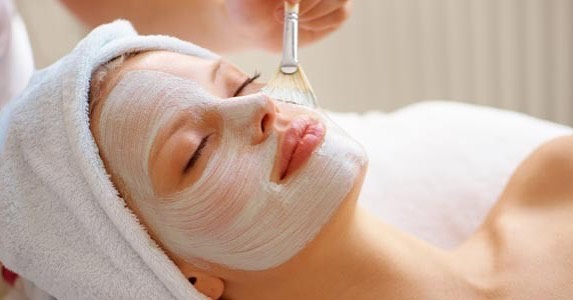 Wellness #Wednesday 🌟 featuring our Level 301 Intensive Treatments ($120): Designed for clients seeking accelerated and rejuvenating results for problematic skin conditions. 🙌Treatments are performed using exclusive professional only peels and concentrates to best address individual skin health care needs. Treatments include: Surface cleansing, corrective cleansing, peel prep solution, Level 301 peel, peptide treatment oil or gel and sun protection. ✨  Book your appointment today with our online booking tool: https://www.vagaro.com/beautydefined/book-now . . . #BeautyDefined #Skincare #health #wellness #wellnesswednesday #sunprotection #summer #buford #well #healthy #antiaging #relax #restore #bufordga #atlantaskincare #skinwellness #skin #beauty
