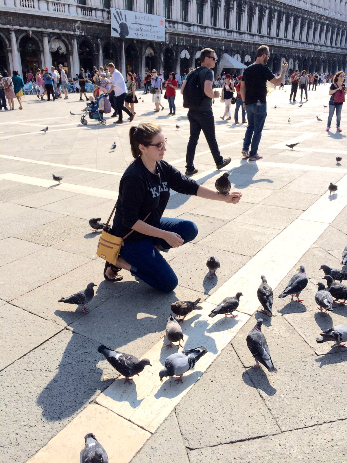 Pickpockets are for the birds.