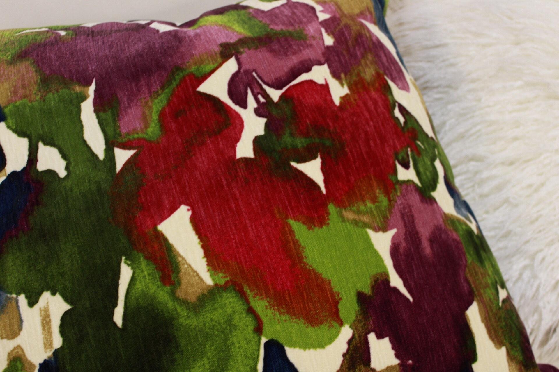 flower pillow close up.jpg