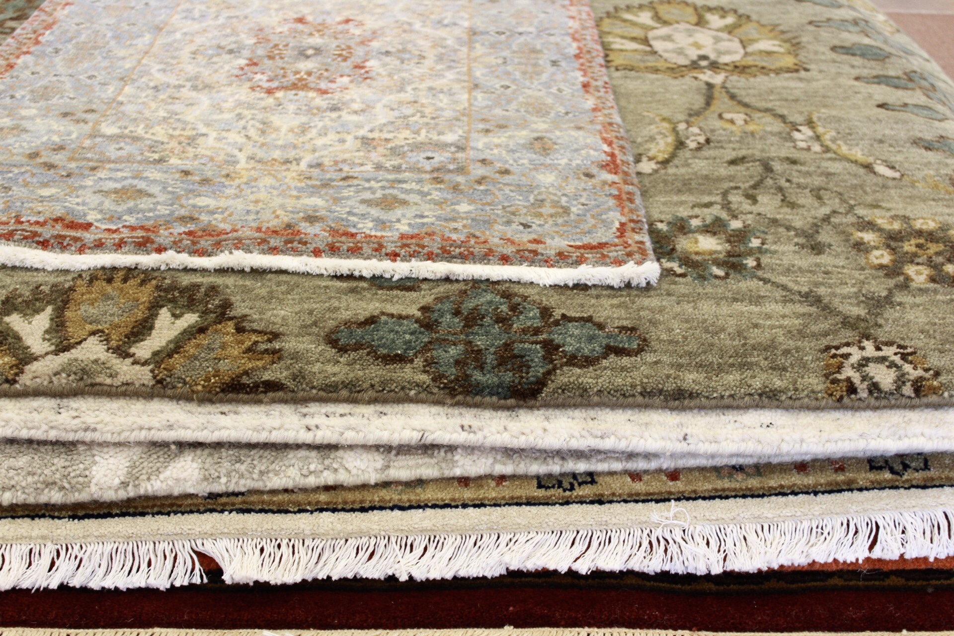 An area rug is also a great way to customize your décor and add some texture.