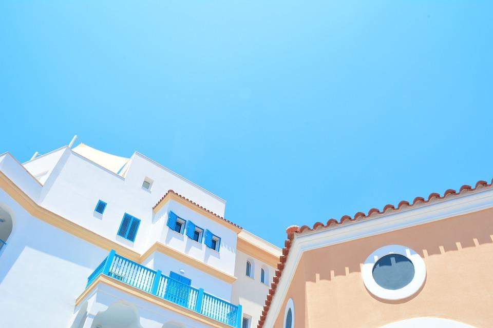Photo: https://pixabay.com/photos/architecture-houses-homes-2608240/