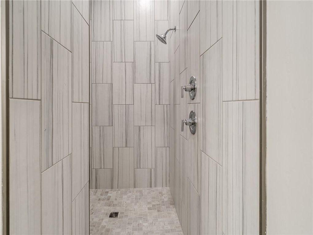 smart shower.jpg