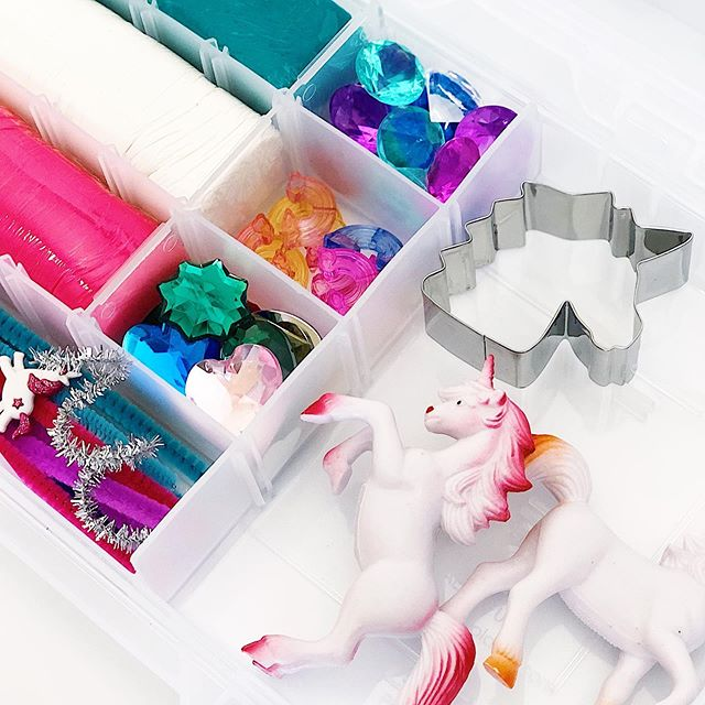 Unicorn Kits are here!!! 🦄 Well, not here here, but over @sandboxacademy and they're on sale NOW!!! . . I shared a few weeks ago that, while I'll still be around sharing my love for play dough, I'll no longer be selling my own kits. ☹️ BUT! My incredible friend Emily is taking up the torch and continuing to fill those tackle boxes with amazing dough and tons of goodies! . . Ours arrived today, and my girls played with it for over an hour...multiple times! They had so much fun decorating their creations with gems and jewels and rolling out the softest dough ever! . . Bonus: How ridiculously adorable are those Build A Unicorn recipe cards?!? Evie had so much fun with them! 💗 . . Head over to @sandboxacademy for the direct link and nab yours before they're gone! . . #prairietaletravels #playingwithplaydough #playdough #playdoughkit #playdoughfun #playdoh #playislearning #adventureswithkids #childhoodunplugged #motherhoodunplugged #thewomoms #magicofchildhood #kidscreate #letthembekids #motherhoodsimplified #sensoryplay #sensorydough #homemadeplaydough #playfullearning #letthemplay #creativeplay #openendedplay  #invitationtoplay #invitationtoplay_playdough #playdoughkit