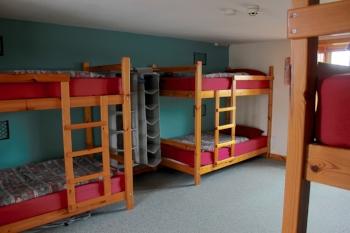 3-bunk-room.jpg