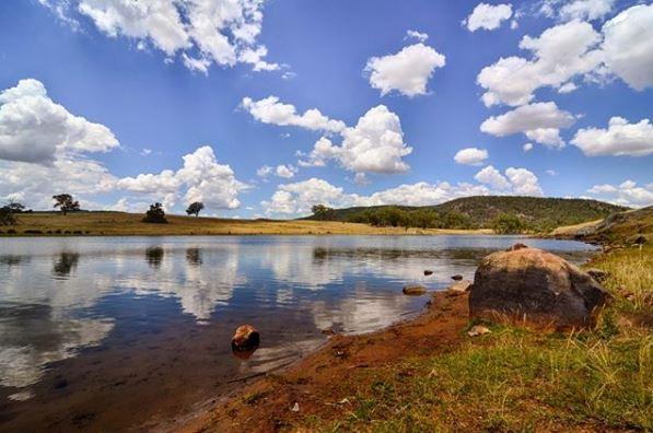Bethungra Dam  Photo Credit:   @youmeandjunee