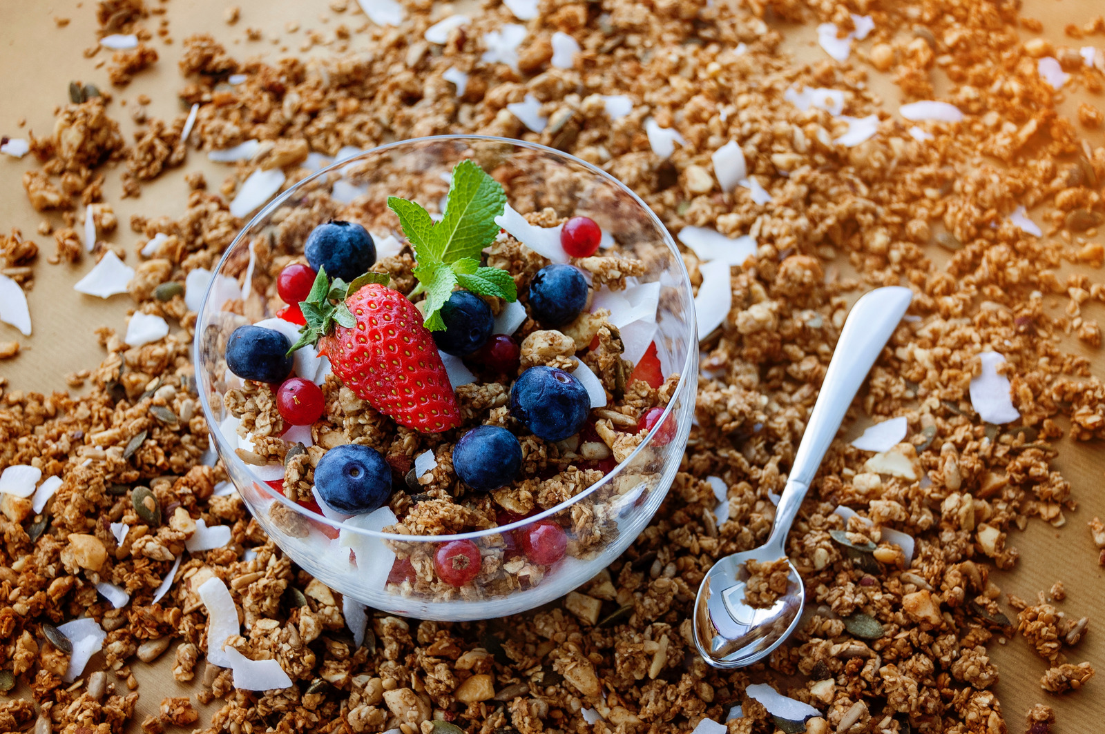 canva-strawberry-and-blueberry-on-clear-glass-bowl-MADGwLW2RCE.jpg