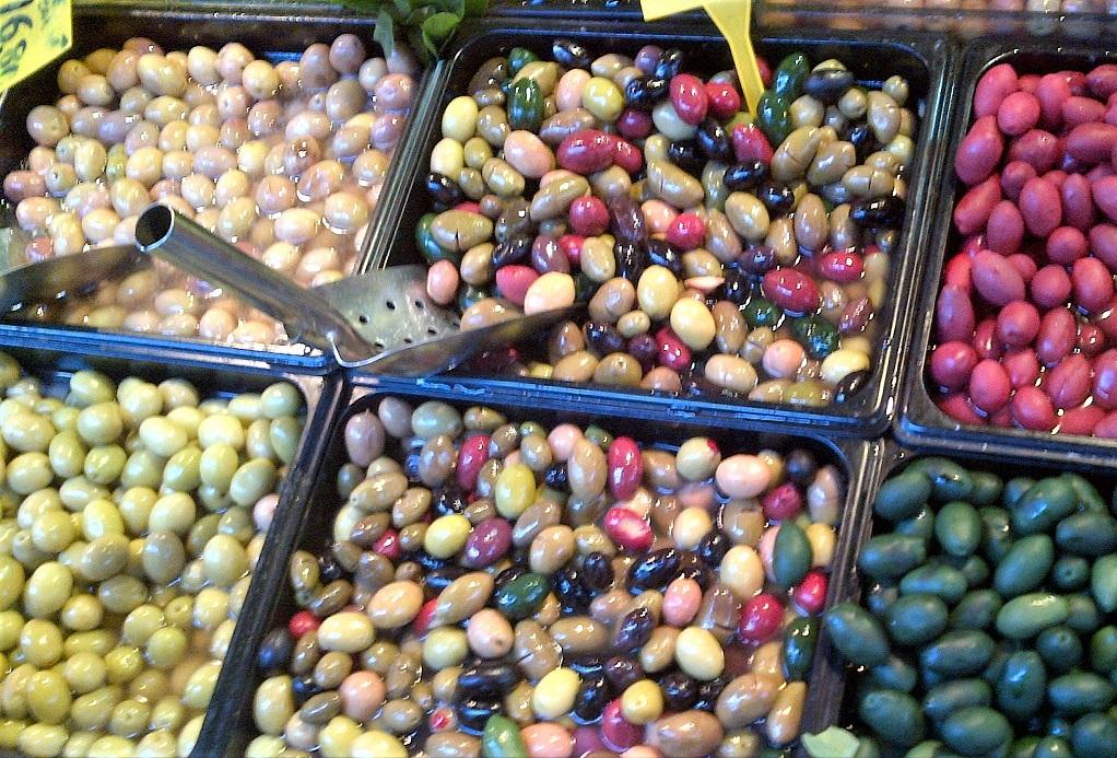 Aceitunas Conservas Fermentadas cuando están hechas al natural.