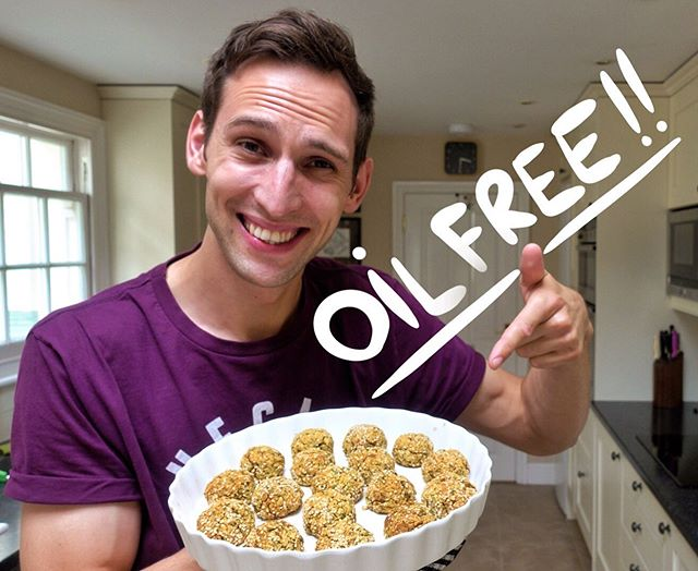 "( CLICK LINK IN BIO ) 👈🏻 And Join Our YouTube Community 🌱🙌🏻 .⠀⠀⠀⠀⠀⠀⠀⠀⠀ One recipe so many options!👍🏻 . Hi friends in this video you will learn how to make my favourite falafel recipe that is easy to make and completely oil free! Share it with your friends and family. Enjoy! .⠀⠀⠀⠀⠀⠀⠀⠀⠀ Our special guest in this episode is @sascharenzo (please give him some love 🙌🏻💚)⠀⠀⠀⠀⠀⠀⠀⠀⠀ .⠀⠀⠀⠀⠀⠀⠀⠀⠀ ✴️ VIDEO RECIPE from my ""For Vegans By Vegans"" show on my Youtube Chanel 🙌🏻😃 (link in bio!)⠀⠀⠀⠀⠀⠀⠀⠀⠀ .⠀⠀⠀⠀⠀⠀⠀⠀⠀ 😉Enjoy! 💚😋⠀⠀⠀⠀⠀⠀⠀⠀⠀ .⠀⠀⠀⠀⠀⠀⠀⠀⠀ Check out this recipe.. . 👉🏻 ( CLICK LINK IN BIO ) 👈🏻⠀⠀⠀⠀⠀⠀⠀⠀⠀ -- like, share, subscribe -- ❤️⠀⠀⠀⠀⠀⠀⠀⠀⠀ .⠀⠀⠀⠀⠀⠀⠀⠀⠀ ❗️HOW TO BE FEATURED ON OUR PAGE AND YOUTUBE CHANNEL... ⤵️⠀⠀⠀⠀⠀⠀⠀⠀⠀ _______________________⠀⠀⠀⠀⠀⠀⠀⠀⠀ Tag us to be featured on our Page and get the chance to be featured on my YouTube Channel 📸 (Recipes ONLY) ⠀⠀⠀⠀⠀⠀⠀⠀⠀ @forvegans_byvegans #forvegansbyvegans⠀⠀⠀⠀⠀⠀⠀⠀⠀ :⠀⠀⠀⠀⠀⠀⠀⠀⠀ Worldwide Vegan movement connecting people🌍⠀⠀⠀⠀⠀⠀⠀⠀⠀ :⠀⠀⠀⠀⠀⠀⠀⠀⠀ ⭐️ Once a year we will be selecting 100 people from this page for our Yearly Vegan Cookbook. 🌱 Featuring 100 recipes from 100 different countries made by 100 individuals. 🏅🔝🤩⠀⠀⠀⠀⠀⠀⠀⠀⠀ :⠀⠀⠀⠀⠀⠀⠀⠀⠀ Sounds great right! Get the chance and Tag US 📸⠀⠀⠀⠀⠀⠀⠀⠀⠀ .⠀⠀⠀⠀⠀⠀⠀⠀⠀ .⠀⠀⠀⠀⠀⠀⠀⠀⠀ .⠀⠀⠀⠀⠀⠀⠀⠀⠀ .⠀⠀⠀⠀⠀⠀⠀⠀⠀ .⠀⠀⠀⠀⠀⠀⠀⠀⠀ .⠀⠀⠀⠀⠀⠀⠀⠀⠀ .⠀⠀⠀⠀⠀⠀⠀⠀⠀ #veganlove #veganbreakfast #plantbased #plantbaseddiet #veganfood #vegans #veganrocks #veganpeople #veganliving #veganaf #veganrecipes #veganism #plantbasedeating #veganvibes #vegantreat #veganusa #veganworld #veganworldwide #vegancommunity #veganfortheanimals #veganfortheplanet #veganforlife #veganforhealth #veganlunch #vegansofinstagram #veganeats #veganlife"