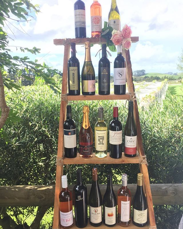 Head on down to @thevintrymatakana this afternoon for a wine tasting with James Graham from @takatu_lodge. - Offering a flight of 5 Matakana wines for $10 per person from 4pm - 6pm. - It's all about reds today for all you Merlot, Shiraz or Pinot Noir lovers 🍷