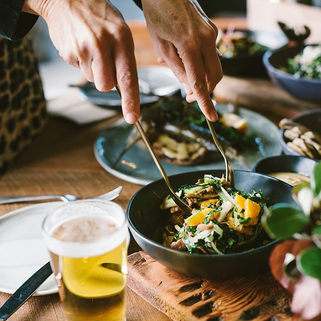 Get ready for a collaborative dinner at the @sawmillbrewing with Stephen Bradbourne of @monmouthglassstudio - On Thursday 27th September, you can experience a delicious five course meal, matched with Sawmill beer, all featuring five local producers including @matakanaextravirginoliveoil Leigh Fisheries, @matakanaoysters @whangaripobuffalocheese and @charliesgelato - You'll even get to take home a piece from Monmouth! 🙌🏼 - Tickets on sale now! Link in our bio.