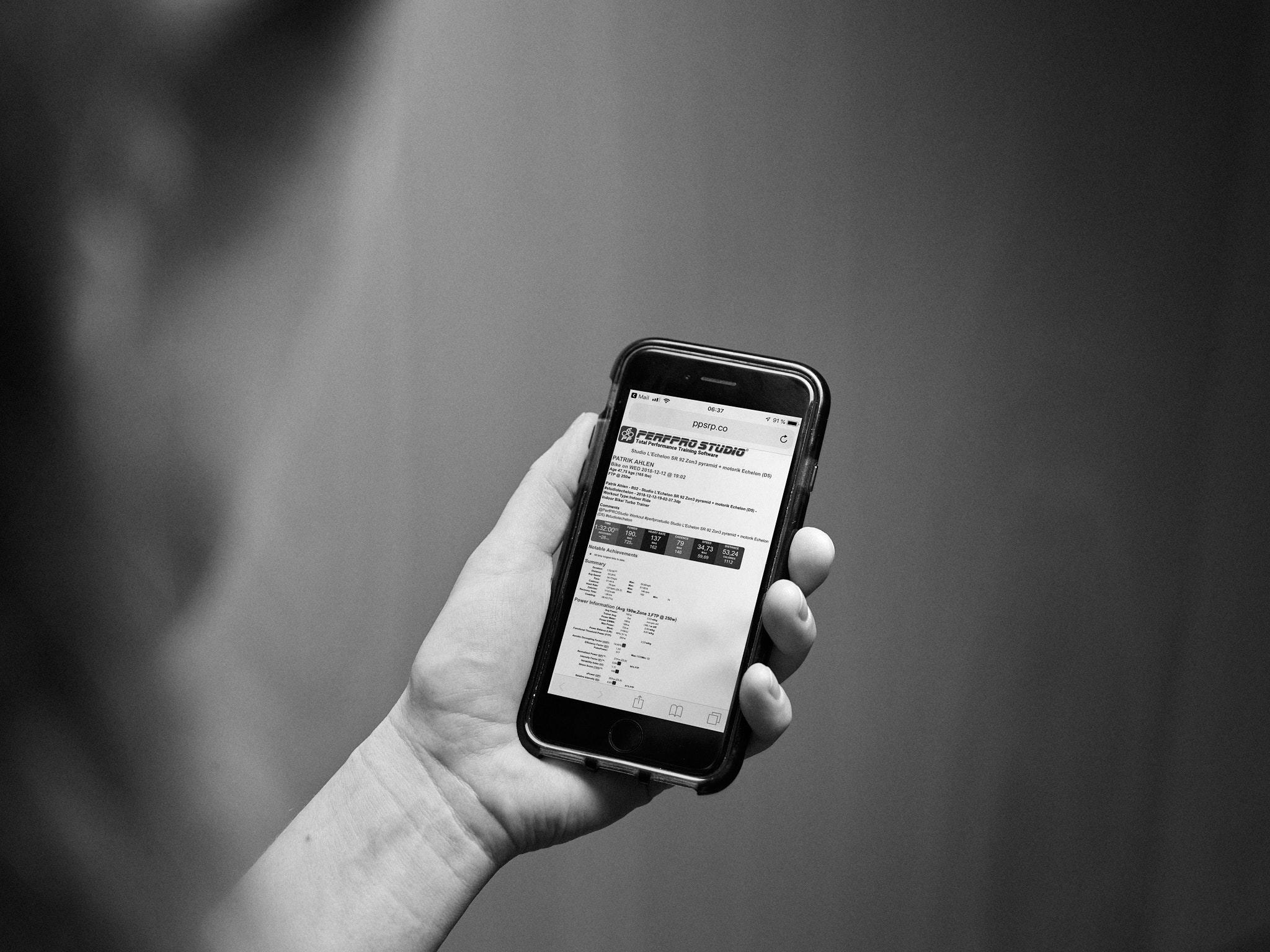 Din data levererad - Det finns ingen poäng med att samla data om den inte sparas och analyseras. Vi gör det enkelt för dig, du behöver inte ens koppla din telefon till cyklarna. Datan levereras till din mejl, samt direkt till Training Peaks, Strava, Today's Plan m.fl. Prata med oss innan ditt pass så sätter vi upp länkningen till ditt konto.