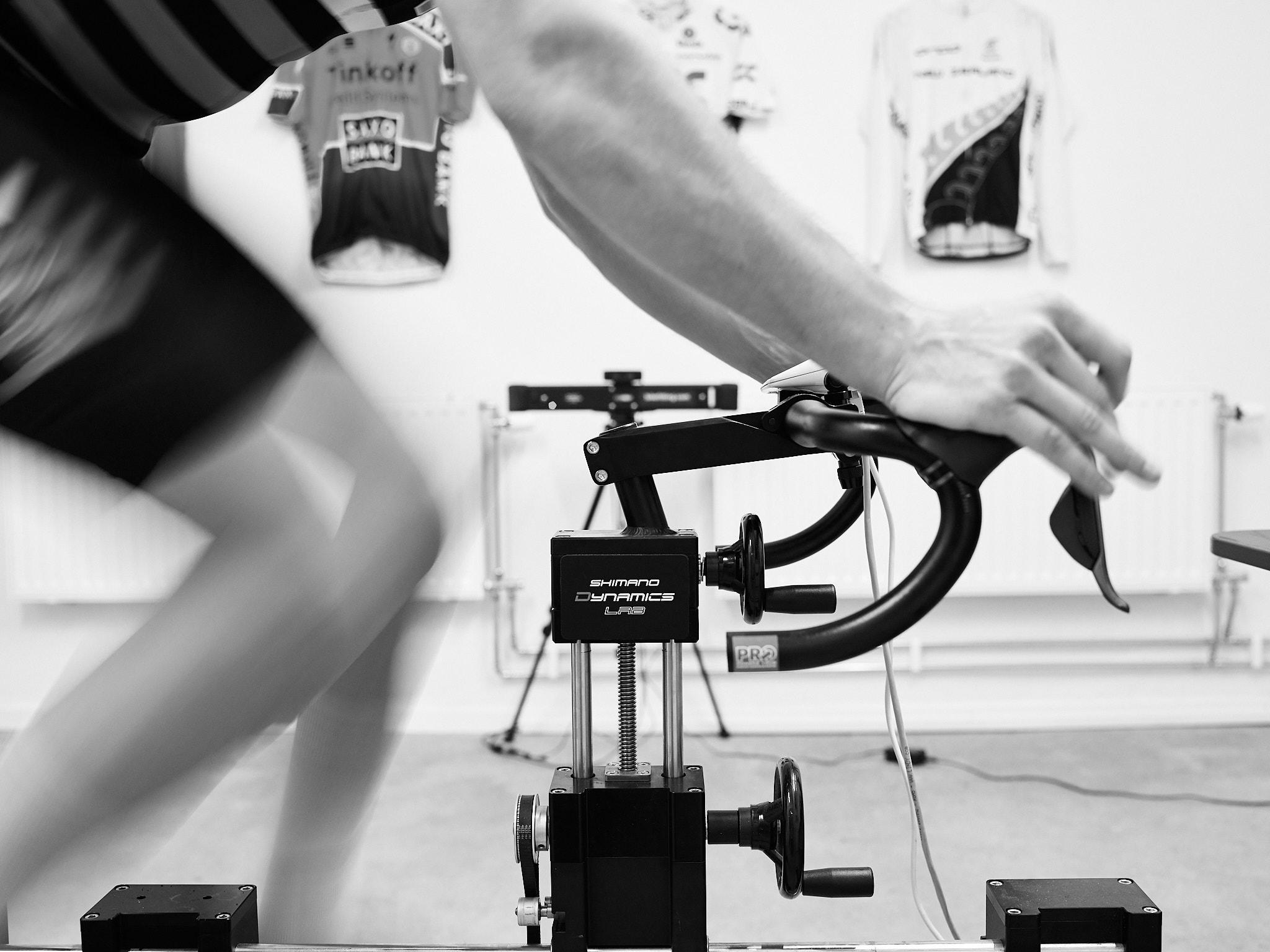 Titanium 1399 kr - Vårt främsta premiummedlemskap där du inte bara har tillgång till hur många klasser du vill, utan även en bikefit ingår och skoförvaring och handuk. Du får 20% rabatt på massage, naprapat, Sport Sciene Testing och PT. Detta tipptoppmedlemskap lanseras i slutet på augusti.