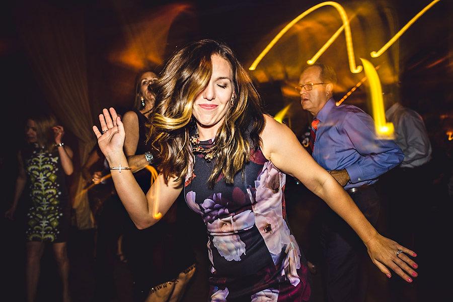 Dansegulv og party i bryllupet