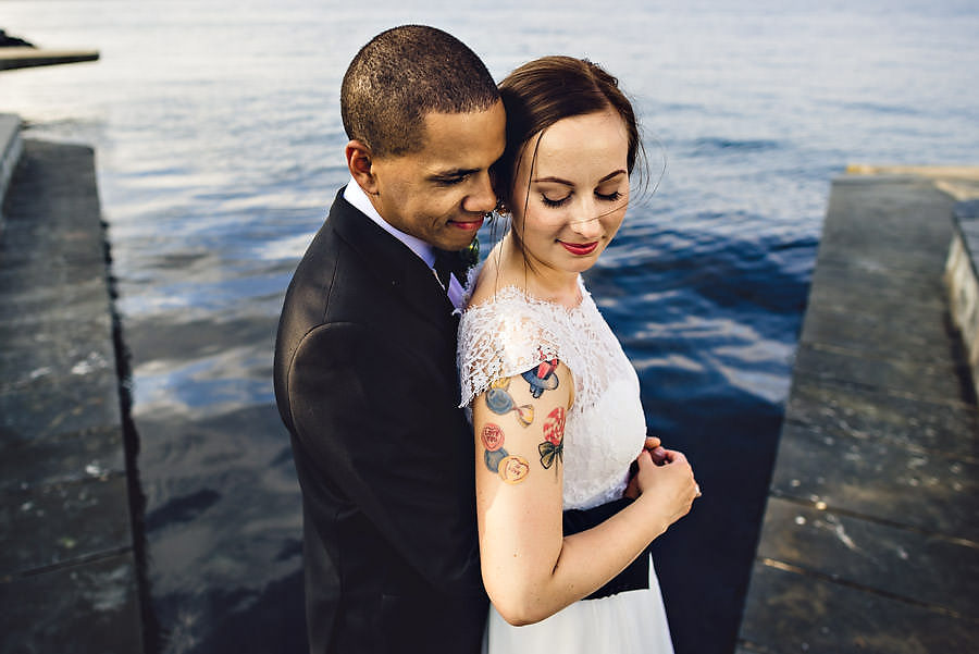 bryllupsbilde ved sjøen i østre bydel i stavanger