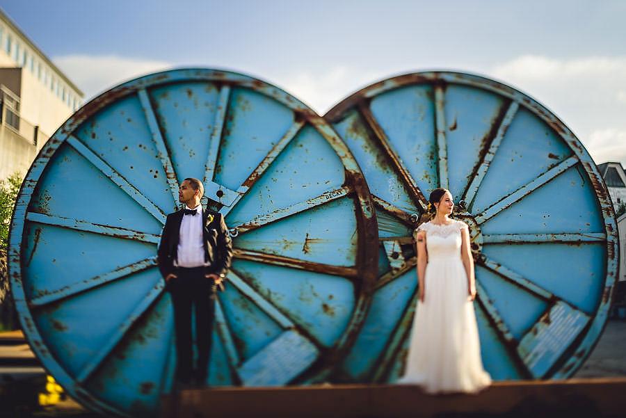 industrielt bryllupsbilde i stavanger