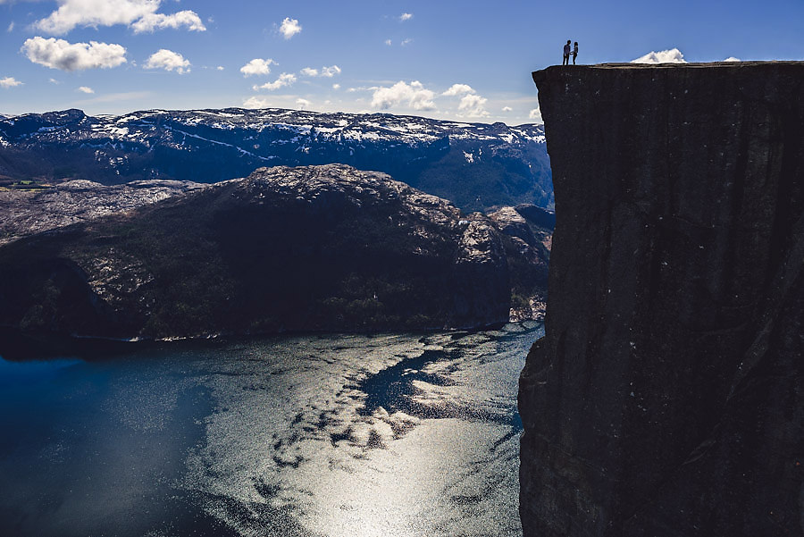 Norway wedding photographer Pulpit Rock engagement shoot