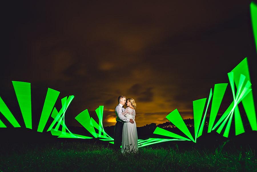siste bilde på bryllupsdagen unik og kreativ bryllupsfotograf s