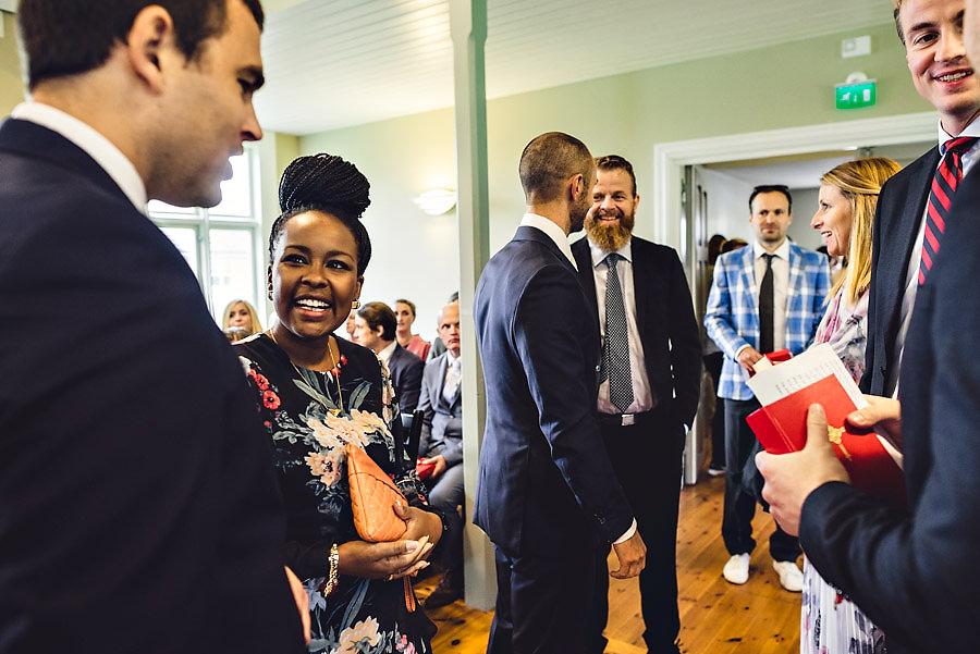 glade gjester i bryllup i stavanger