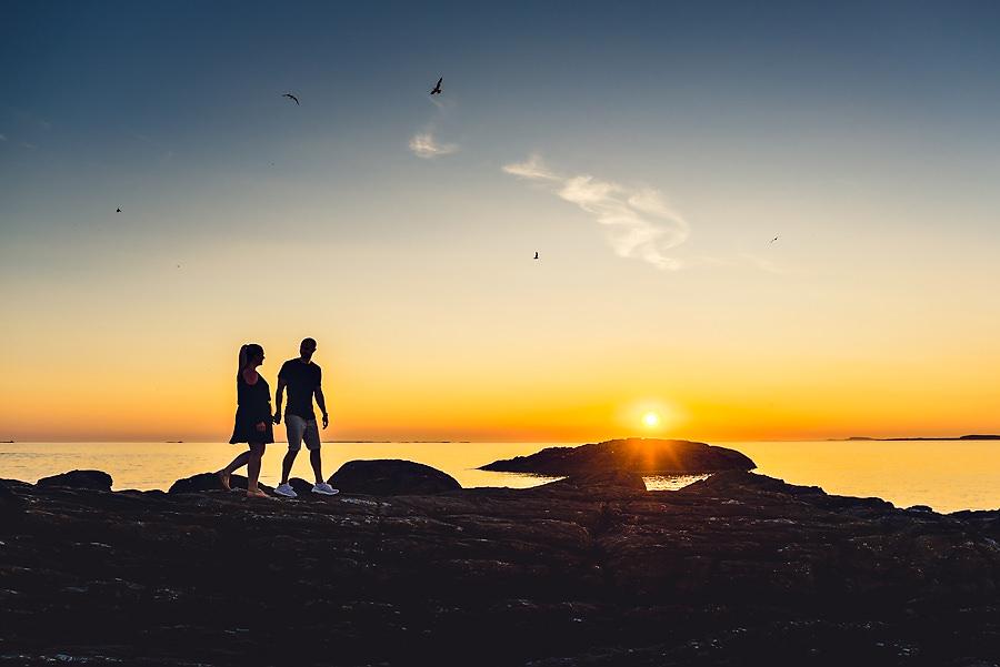 forlovelsesfotografering i solnedgang på ølberg