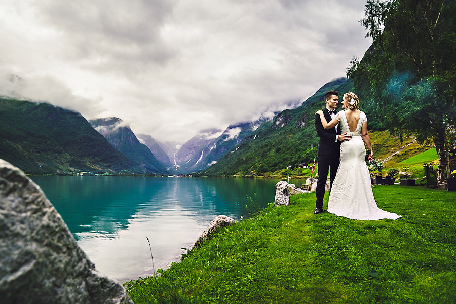 bryllupsfotograf yrineset perla ved oldevatnet