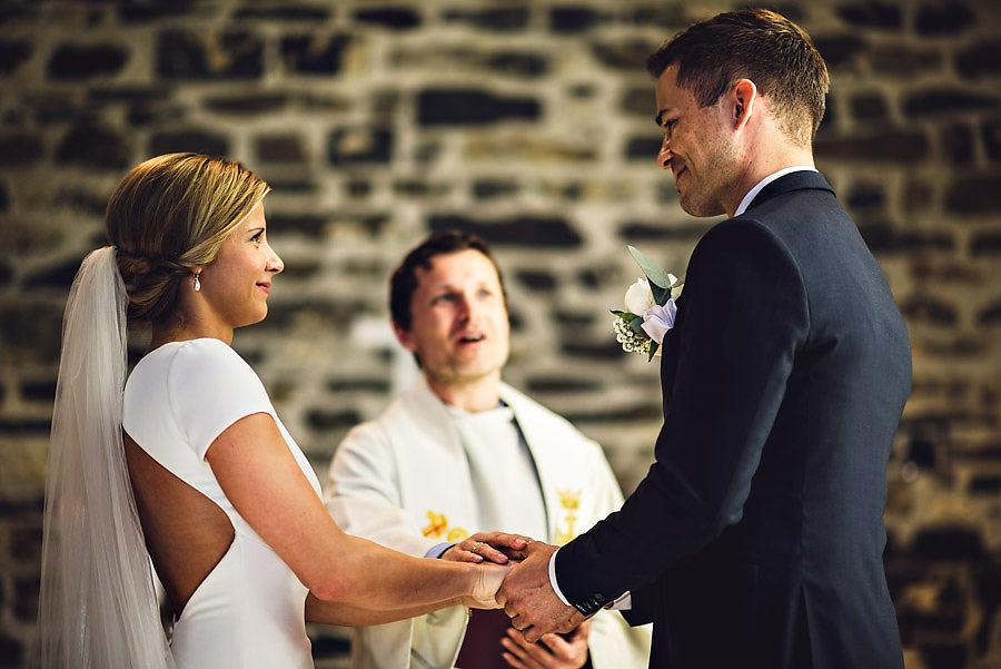 bryllup i sola ruinkirke bryllupsfotograf stavanger