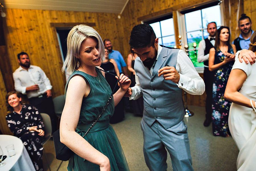 bryllup på solastranden gård bryllupsfotograf stavanger dans