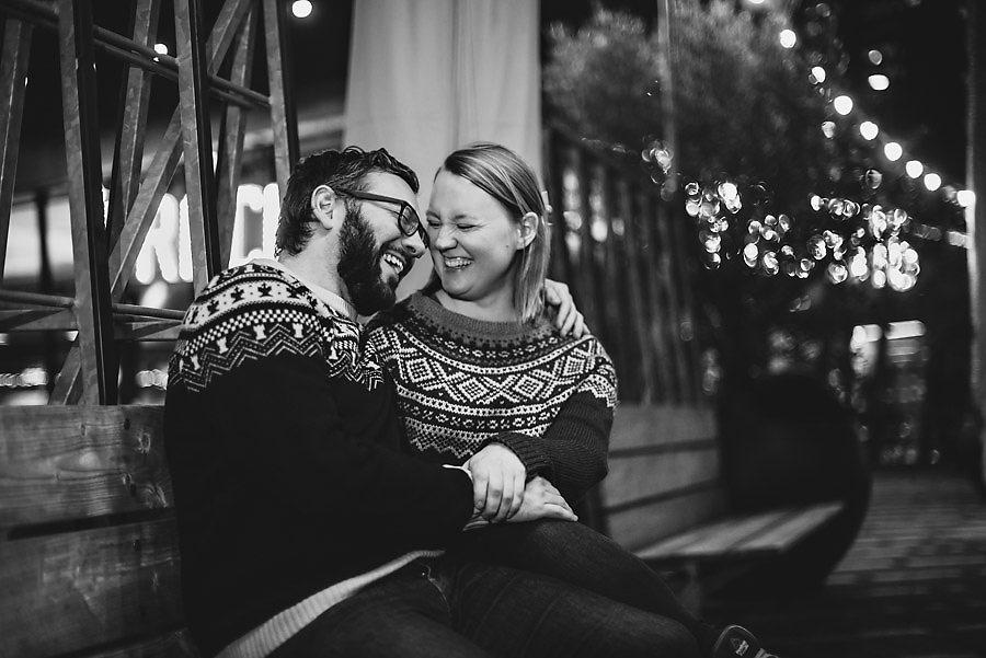 bryllupsfotograf nederland forlovelsesbilder i mørket i rotterd