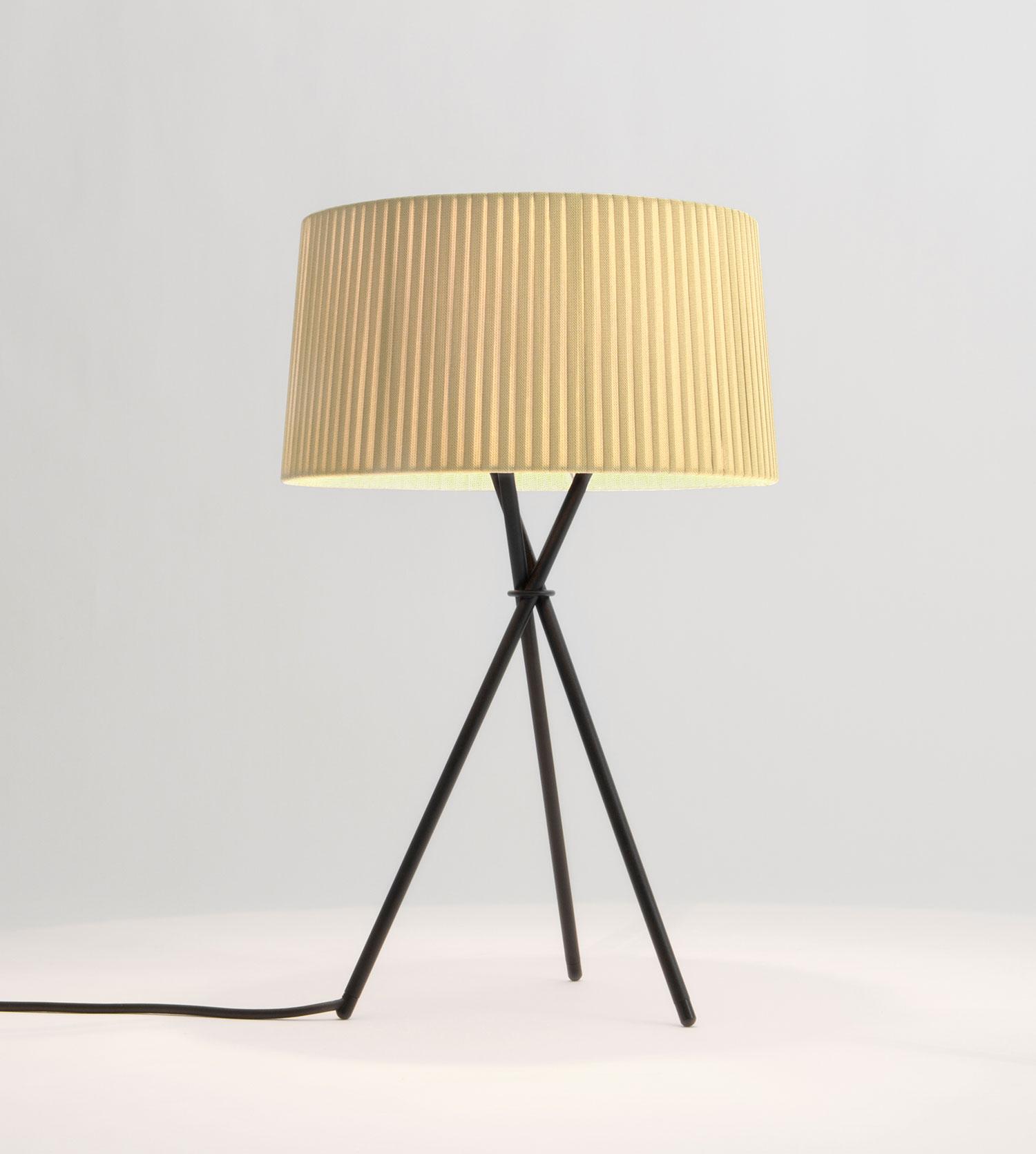 SANTACOLE_TABLE_LAMPS_Tripode_M3___Tripode_G6_Tripode_M3_Costa__Clara_10-web.jpg
