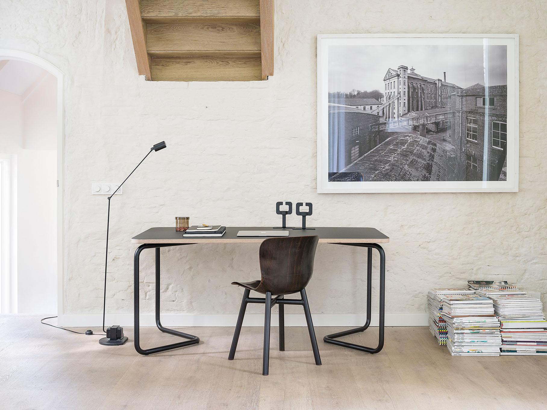 KUMPEL_table_Black+charcoal_160X80.jpg