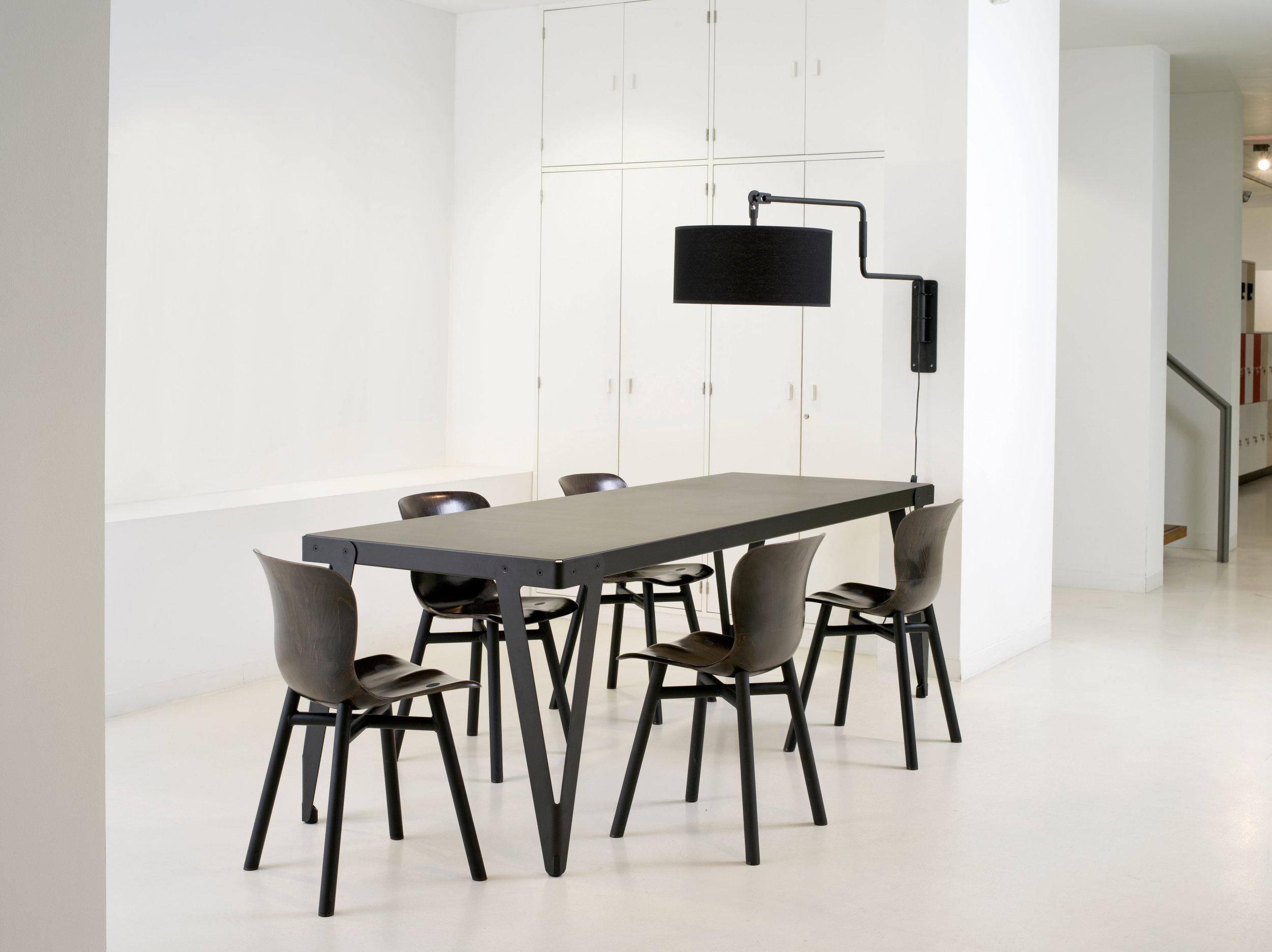 Lloyd Table 230x80_Black + 5xWendela_black.jpg
