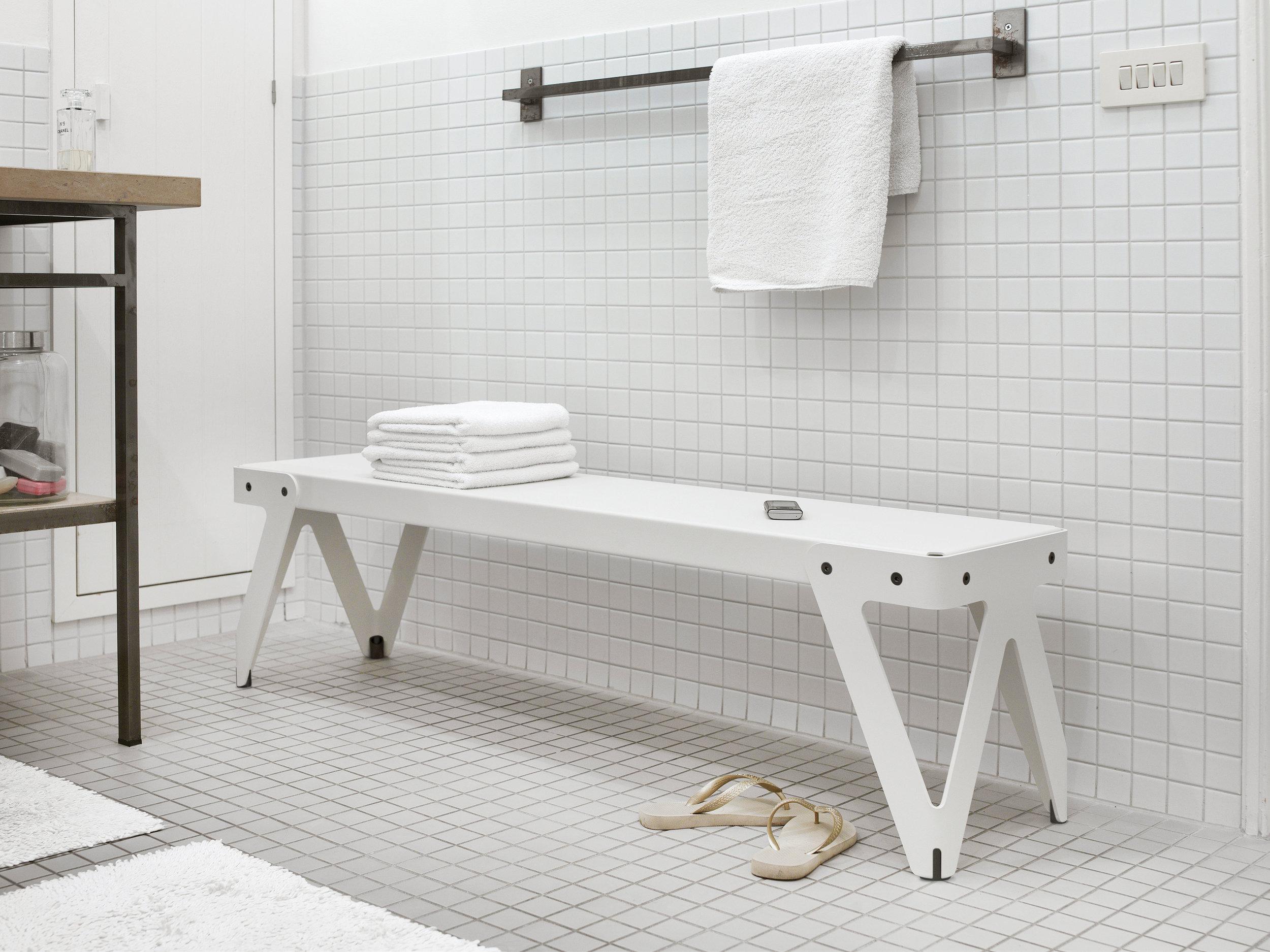Lloyd_bench_white_bathroom (2).jpg
