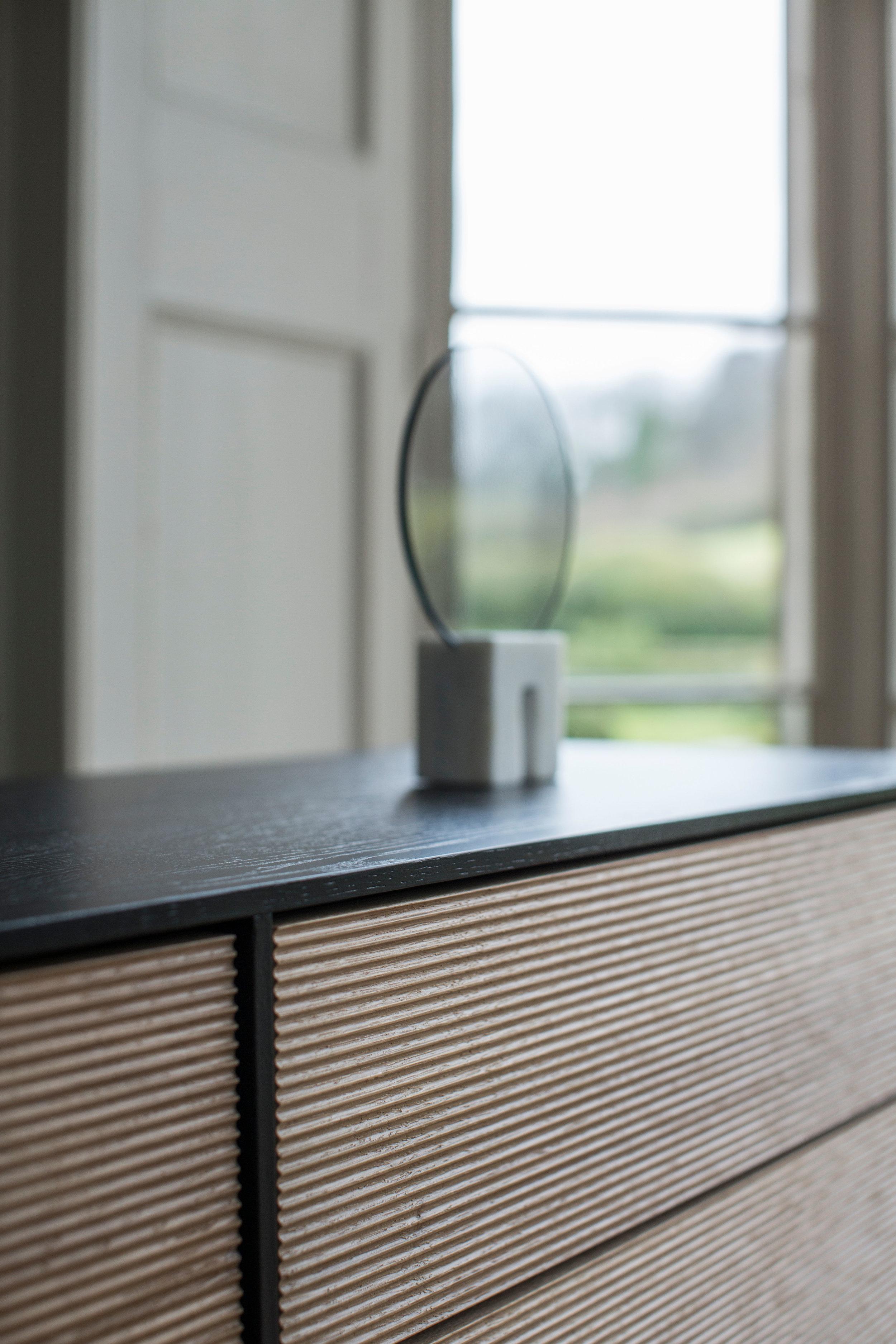 900 Modulo Cabinet BK detail.jpg