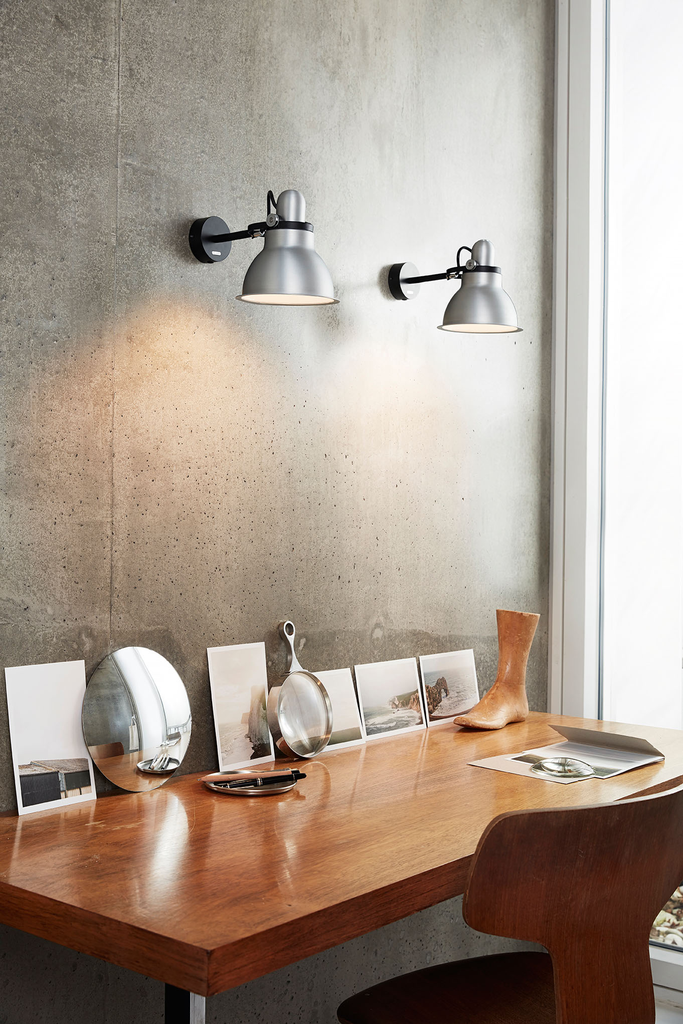 Type 1228 Metallic Wall Light SIlver Lustre.jpg