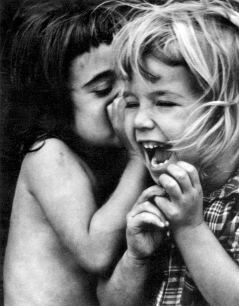 Philadelphia (girls sharing a secret), 1954.jpg