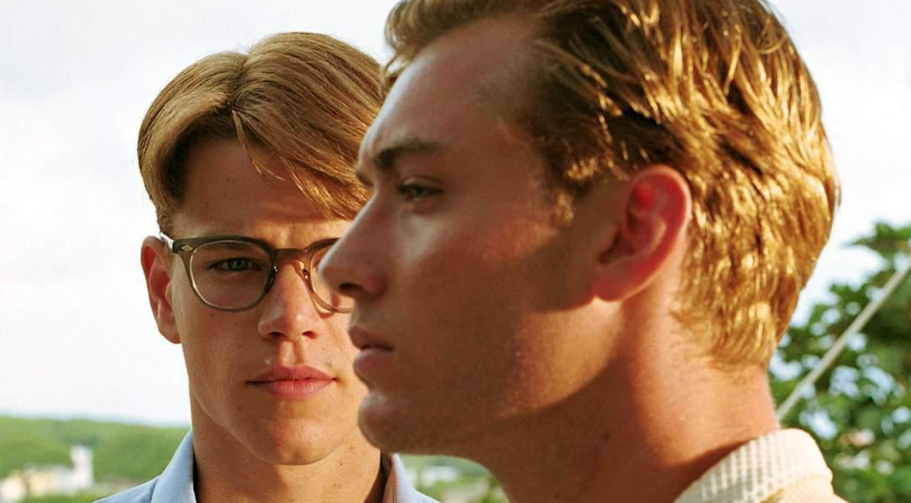 Matt Damon (as Tom Ripley) and Jude Law (as Dickie Greenleaf) in  The Talented Mr. Ripley  (1999).