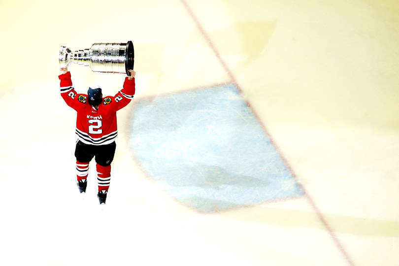 Duncan Keith raises the Cup / Photo by Jonathan Daniel / Getty Images