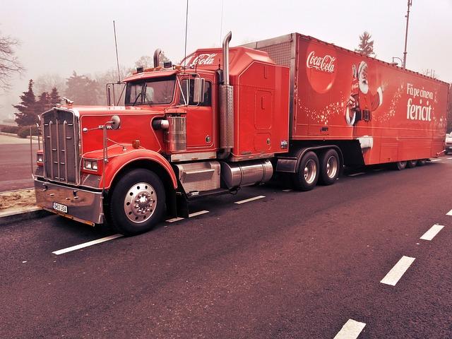 truck-573062_640.jpg