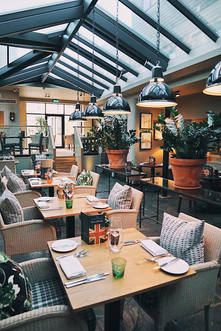 Broadway Hotel Restaurant.jpg