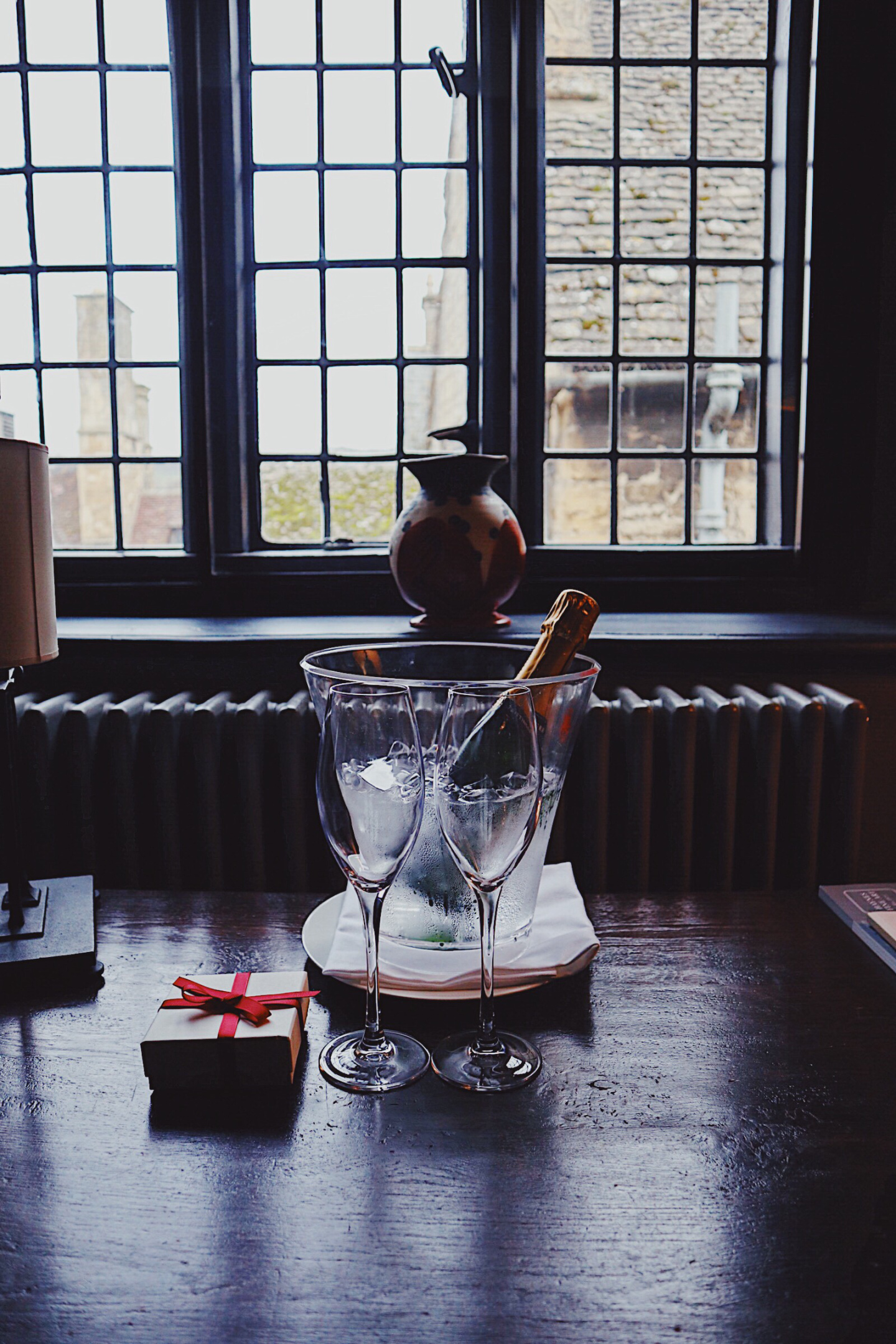 Lygon Arms Champagne.jpg