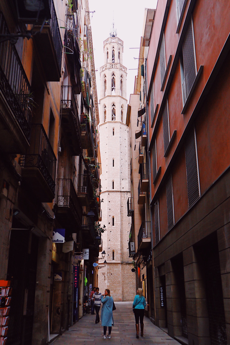 Barcelona Old Streets.jpg