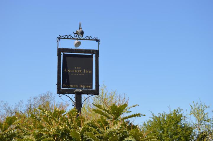 Anchor inn Sign.jpg