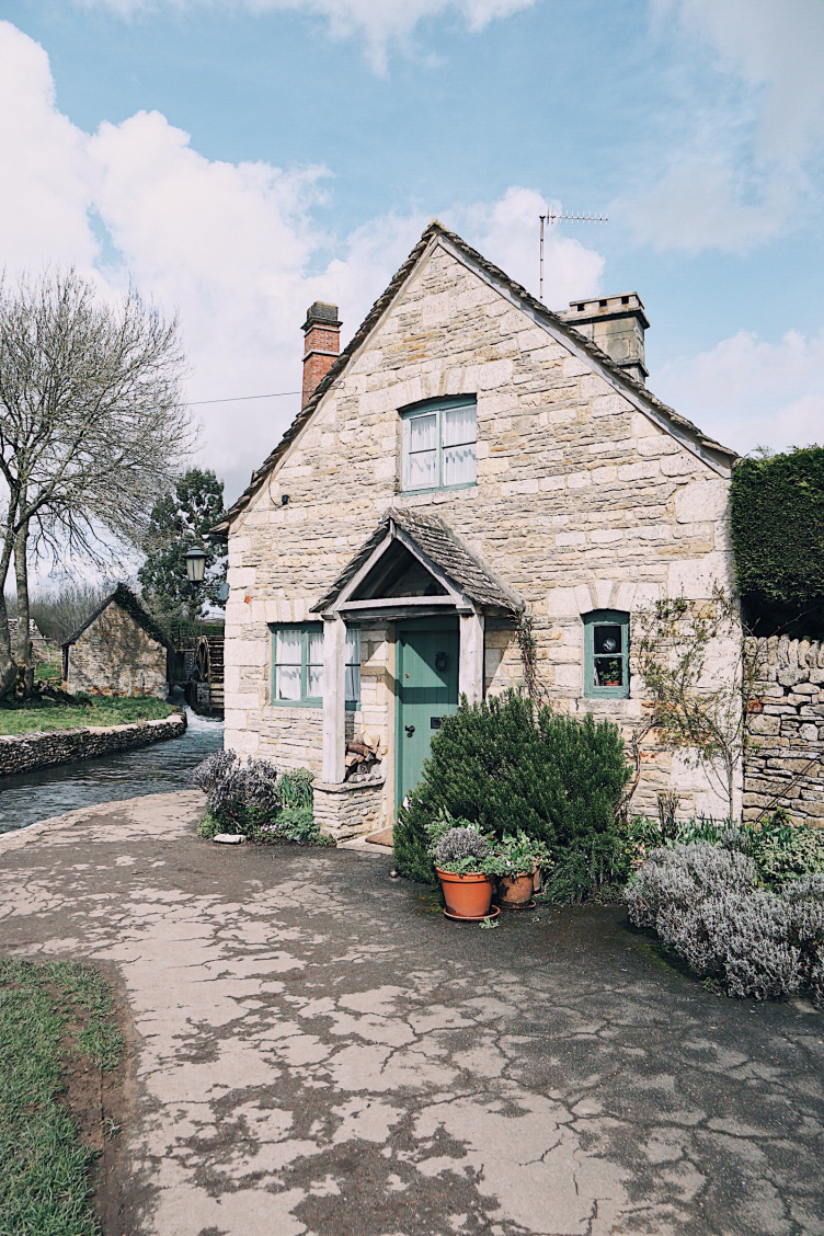 Lower Slaughter Water Mill Cottage.jpg