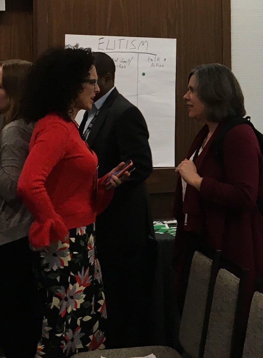Rebecca Fabiano & Jennifer Brady exchange ideas during a workshop break.