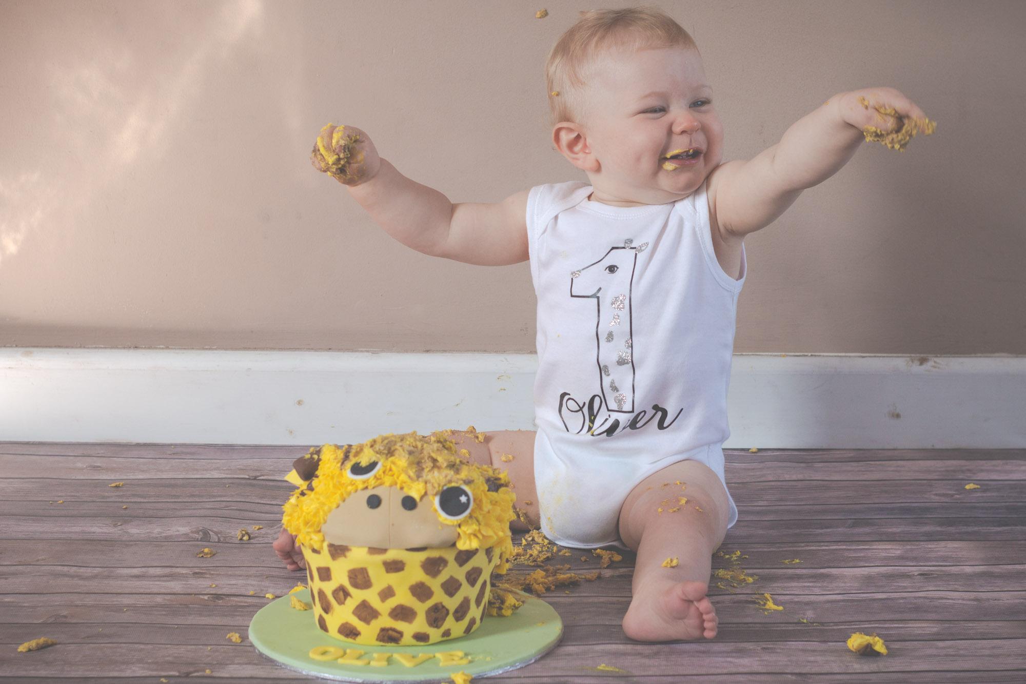 cake-smash-splash-cakey-baby-keighley-skipton-3