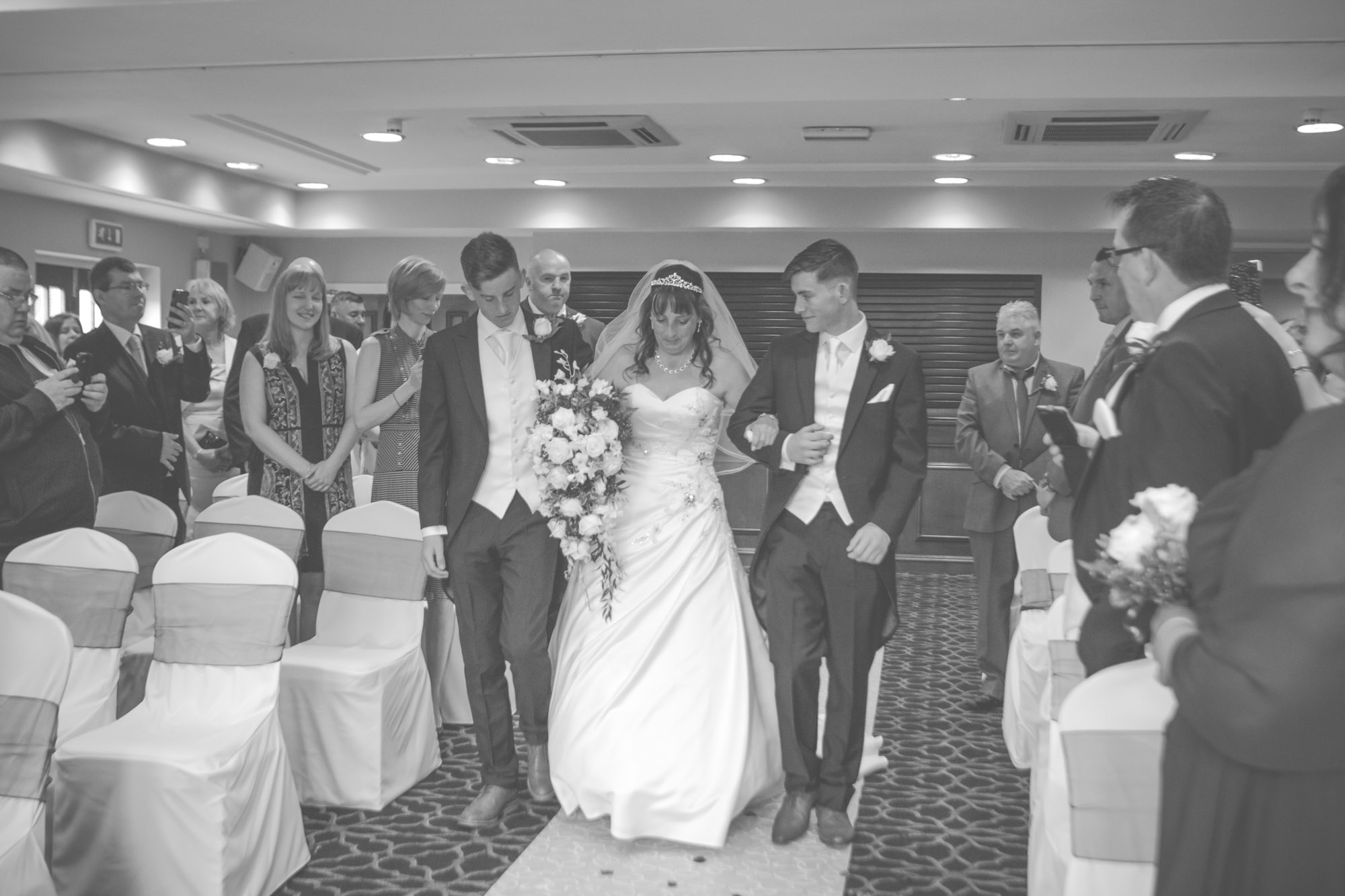 Copy of gomersal-park-hotel-bradford-wedding-photography-17